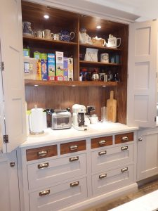 Breakfast Cabinet by Inglish Design kitchens