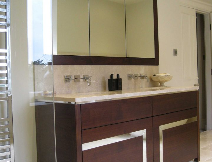 Bathrooms & Vanity Cabinets